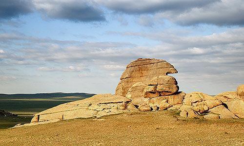 Горы Зоргон Хайрхан уул